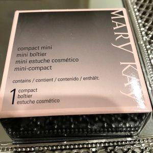 NEW Marykay compact mini
